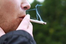 smoking-1026556__180