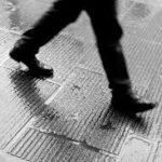 Linguaggio del corpo, cosa significa quando rimaniamo in direzione del passo?